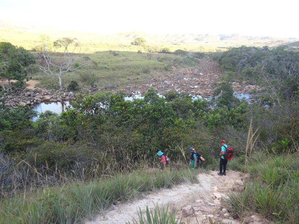 Cruzando el Kukenan